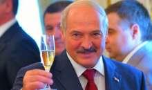 Лукашенко поздравил Путина с победой на выборах